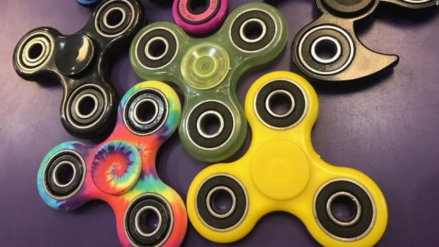 170505092826-fidget-spinner-2-full-169